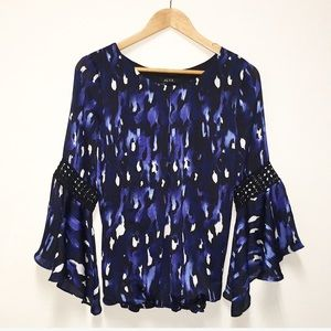 Alyx bell sleeve blouse lack blue silky Medium
